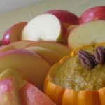 Apple slices with pumpkin dip_FFV
