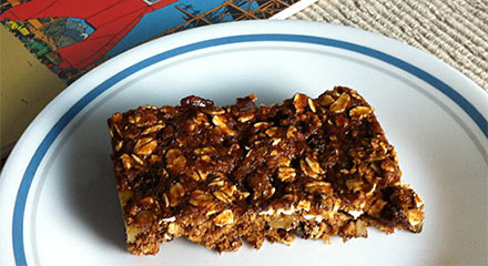 Sweet-Sixteen Oatmeal Raisin Bars
