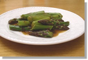 Chinese Asparagus in Ginger-Scented Brown Sauce