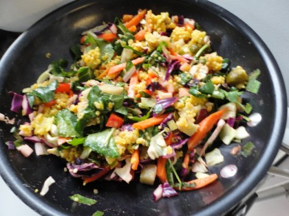 red lentil quinoa kitchari skillet meal with cabbage, kale, red bell pepper and carrots