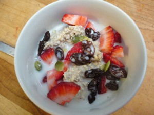 Living Oatmeal with knife