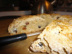 millet raisin scones 2