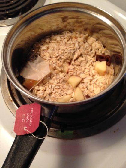 tea-bag-in-oatmeal